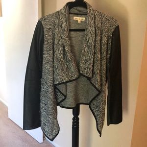 Crop jacket with faux leather sleeves
